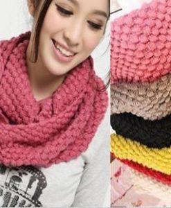 1117752146-1-scarf
