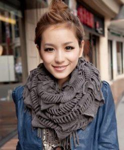 1424338144-1-scarf