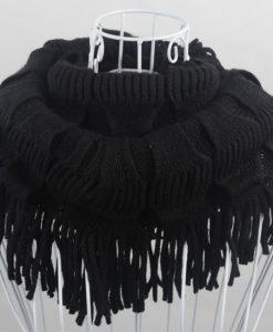1424338144-5-scarf